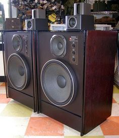 The Effective Pictures We Offer You About Audio Room home A quality picture ca. Pro Audio Speakers, Audiophile Speakers, Sound Speaker, Hifi Audio, Stereo Speakers, Radios, Hi Fi System, Audio System, Technics Hifi