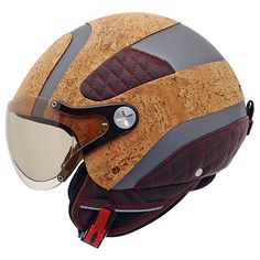 Nexx, a portuguese brand of motorcycle helmets also chose cork to cover one of their most recent helmets. Talking about riding in style. Ducati Motorcycles, Vintage Motorcycles, Custom Motorcycles, Motorcycle Helmet Design, Motorcycle Outfit, Scooter Helmet, Bicycle Helmet, Riding Gear, Riding Helmets
