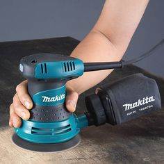 77 Best orbital Sander Fine Woodworking 2018 These free woodworking plans will help beginners all the way up to expert ability craft new projects with ease. You'll find woodworking plans for home Beginner Woodworking Projects, Fine Woodworking, Best Random Orbital Sander, Tool Bench, Rustic Candle Holders, Makita, Good Grips, Tool Kit, Tools