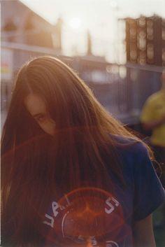 Danielle Haim (photo by Laura Jane Coulson) // I thank you God for Danielle Haim