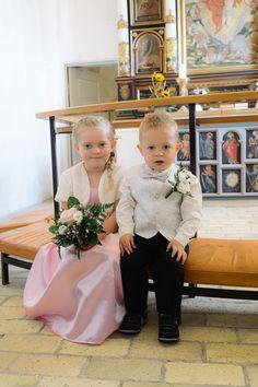 fotos-fra-finderup-kirke-og-bromoelle-kro