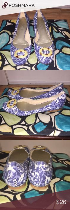 Talbots floral flats Talbots floral flats Talbots Shoes Flats & Loafers