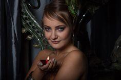 Fotograf: Jarek Okulicz-Kozaryn Stylizacja: Gosia Kołaczyk Modelka: Sylwia Make up: Mua