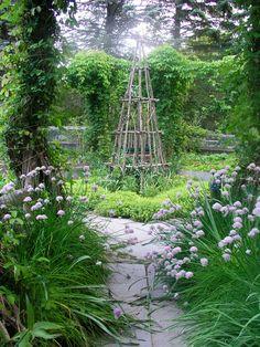 Twig Trellis in The Artist Garden.