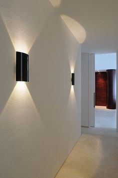 Glossy look Modern Wall Light looks like lights coming from any vehicle - Beleuchtung Outdoor Wall Lighting, Cool Lighting, Wall Sconce Lighting, Lighting Design, Landscape Lighting, Lighting Ideas, Contemporary Home Furniture, Contemporary Floor Lamps, Contemporary Design