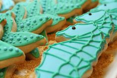 Can I tempt you with some aquatic cookies? I made this set of cookies for a teacher appreciation event at my sister's school. Since I get so...