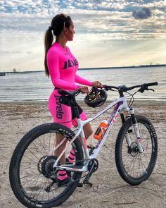 Mountain Biking Women, Baby Bike, Cycling Sunglasses, Downhill Bike, Bicycle Clothing, Cycling Girls, Cycle Chic, Bicycle Girl, Bike Style