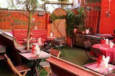 Terrasse secrète à Lyon : restaurant Le Grain de Folie.
