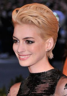 Get Anne Hathaway's Makeup and Hair at 2013 Met Gala!   Makeup For LifeMakeup For Life