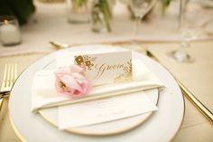 Intimate Hawaii Wedding | Anna Kim Photography | Bridal Musings - luxury wedding table setting - Set