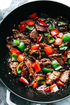 Pepper Steak Stir Fry has melt in your mouth flank steak with bell pepper in the. - Pepper Steak Stir Fry has melt in your mouth flank steak with bell pepper in the most amazing sauce - Steak Stirfry Recipes, Stir Fry Recipes, Beef Recipes, Cooking Recipes, Healthy Recipes, Pepper Recipes, Stirfry Beef, Beef Meals, Frying Steak Recipes