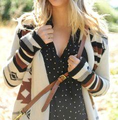 Layered polka dots just in time for fall. | look de inspiração ♥ não disponível no muccashop
