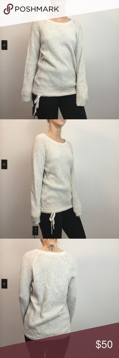 Madewell Ivory Cream Knit Tie Waist Sweater Madewell Sweater Ivory and is super soft, size extra small. May have some wear not visible. Madewell Sweaters