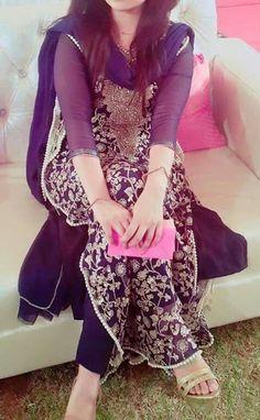 Pakistani Formal Dresses, Pakistani Outfits, Indian Dresses, Indian Outfits, Stylish Dpz, Desi Clothes, Pretty Clothes, Patiala Salwar, Anarkali Suits