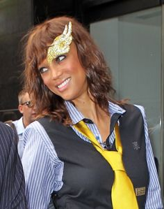 What is Tyra Banks wearing on her forehead?