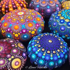 Dot Art by LionaHotta on Etsy Dot Art Painting, Mandala Painting, Stone Painting, Mandala Painted Rocks, Mandala Rocks, Mandala Canvas, Mandala Art, Mandala Sketch, Sacred Geometry Art