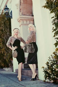 Vintage blog of burlesque bombshell and platinum pinup Tara MiSioux and Ashlyn Coco - Fashion, Beauty, Poodles, & Cocktails