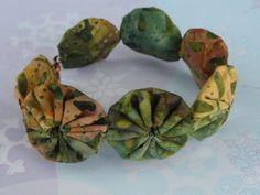 7 1/2 Earthy Green Batik Yo Yo Bracelet by SursyShop on Etsy, $5.00