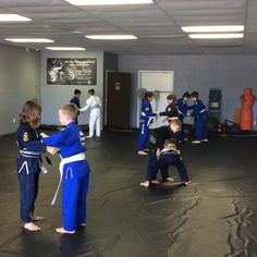 Kids competition team working those takedowns. www.TeamRivas.com Champions Factory    #TeamRivas #LakeConroeMartialArts #ConroeBJJ #ConroeBrazilianJiuJitsu #MontgomeryMartialArts #LakeConroeBrazilianJiuJitsu #MontgomeryBrazilianJiuJitsu #KidsMartialArts #LakeConroeMMA #MontgomeryMMA #moyabrand #RibeiroJJ #6blades