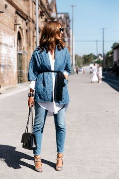 #skinnyjeans #sraightjeans #denim #jeans #wardrobestaples #styling #style #personalstyling #elishacasagrande