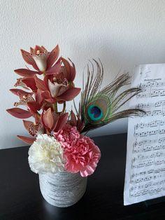Prague, Vase, Flowers, Shop, Home Decor, Decoration Home, Room Decor, Vases, Royal Icing Flowers