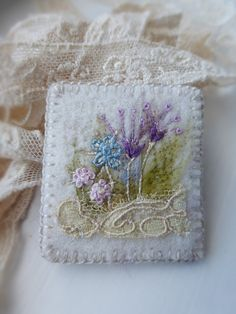 Embroidered Flowerbed Felt Brooch with Antique от QueenofCuffs