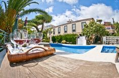 Villa Asunci�n II Bre�a Baja Set in a restored 19th-century building, with a shared swimming pool and impressive views of the Atlantic, Villa Asunci?n II is located in Bre?a Baja. This rustic-style holiday home has free WiFi.