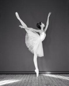 Liza Chertikhina Лиза Чертихина, The Bolshoi Ballet Academy