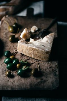Food Inspiration A Aged Parmigiano Reggiano and a Cheesy Proposal No Dairy Recipes, Wine Recipes, Antipasto, Food Styling, Fromage Cheese, Dark Food Photography, Parmigiano Reggiano, Wine Cheese, Cheese Platters