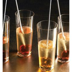 Oooh ... a recipe to make Liqueur Lollipops, a festive addition to a glass of Champagne.