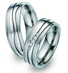 Trauringe Titan - Titanringe   Damenring mit 5 Diamanten >> http://www.trauringe-online.de/eheringe.html