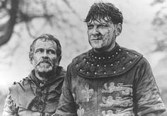 Kenneth Branagh and Ian Holm in Henry V. 'We few, we happy few/We band of brothers.' Love, love this movie~ Shakespeare Characters, Shakespeare Plays, King Henry V, Ian Holm, We Happy Few, Royal Shakespeare Company, Kenneth Branagh, Wars Of The Roses, Band Of Brothers