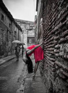 Laura Rodríguez, bailarina del Ballet de Camagüey;. Gabriel Davalos -fotógrafo-