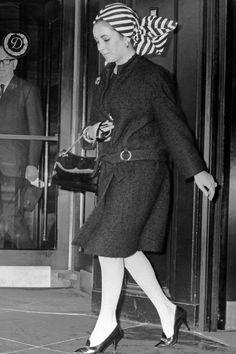 Elizabeth Taylor, April 1965   - ELLE.com