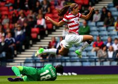 She can fly!   25 Reasons Why Alex Morgan Is The Perfect Lady