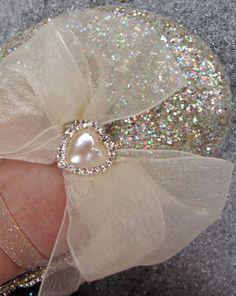 Glitter ballet flats for women.