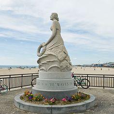 Marine Memorial, Hampton Beach, New Hampshire | Coastalliving.com