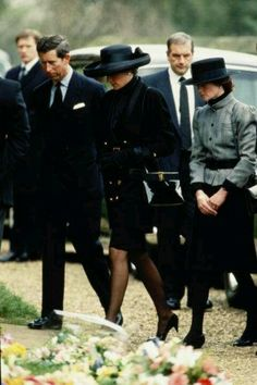 *PRINCESS DIANA, PRINCE CHARLES & SISTER SARAH ~ Attending the funeral of her father, Lord Johnny Spencer, 1992.