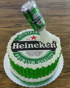 Cerveja Churro Donuts, Birthday Cakes For Men, Cakes And More, Cake Designs, Kalyan Tips, Wedding Cakes, Suzy, Desserts, Food
