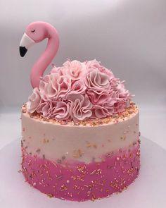 Chocolate Buttercream, Cake Chocolate, Mint Chocolate, Chocolate Chips, Buttercream Cake, Beautiful Cakes, Amazing Cakes, Flamingo Cupcakes, Pretty Birthday Cakes