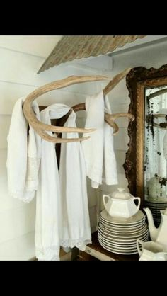 Deer antlers towel rack for the bathroom Country Decor, Rustic Decor, Country Casual, Rustic Wood, Room Decor For Teen Girls, Up House, Summer Kitchen, The Ranch, Man Cave
