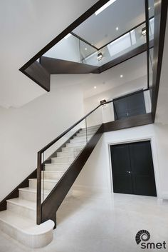 Marble clad staircase by Smet Staircases : Ever wondered if you can create a mo… - Renovieren Glass Stairs Design, Staircase Design Modern, Staircase Railing Design, Modern Stair Railing, Marble Staircase, Staircase Handrail, House Staircase, Home Stairs Design, Interior Stairs