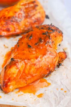 This Grilled Buffalo Chicken is my favorite thing to make on the grill. Nothing beats a grilled juicy chicken breast with buffalo sauce. Grilled Chicken Burgers, Grilled Chicken Breast Recipes, Grilled Buffalo Chicken, Marinated Chicken Recipes, Easy Chicken Dinner Recipes, Vegetarian Recipes Easy, Chicken Ideas, Healthy Recipes, Easy Homemade Buffalo Sauce
