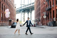 dumbo Brooklyn engagement session with fun props