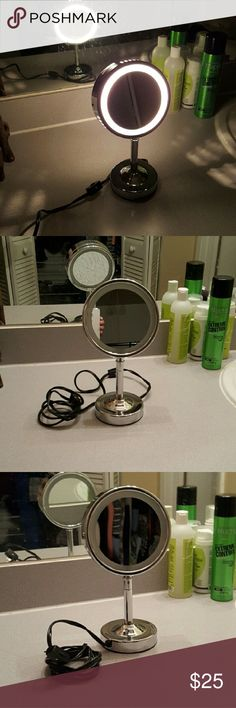 Conair Double Light Up Mirror Like brand new but never used this. Received as a gift last christmas, but it has only sat in its box since ive never used it. Mirror only! :) SAME DAY SHIPPING conair  Accessories