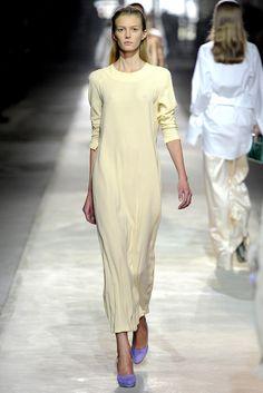 Dries Van Noten Spring 2011 Ready-to-Wear Fashion Show - Sigrid Agren (Elite)