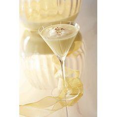 Eggnog Martini  #Christmas #Drinks