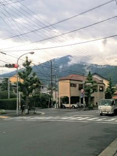 同合流地点から比叡山を望む。