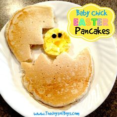 Easter morning breakfast should be cute and cuddly! This Baby Chick Easter Breakfast is perfect! Quick, simple and the kids will love it!