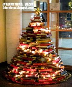 For who asking how to make a Christmas tree , i offer the creative ideas to make unique Christmas trees for new year decorations, unique Chr. How To Make Christmas Tree, Unique Christmas Trees, New Years Decorations, Christmas Decorations, Holiday Decor, Book Tree, Thanksgiving, Exterior Design, Creative